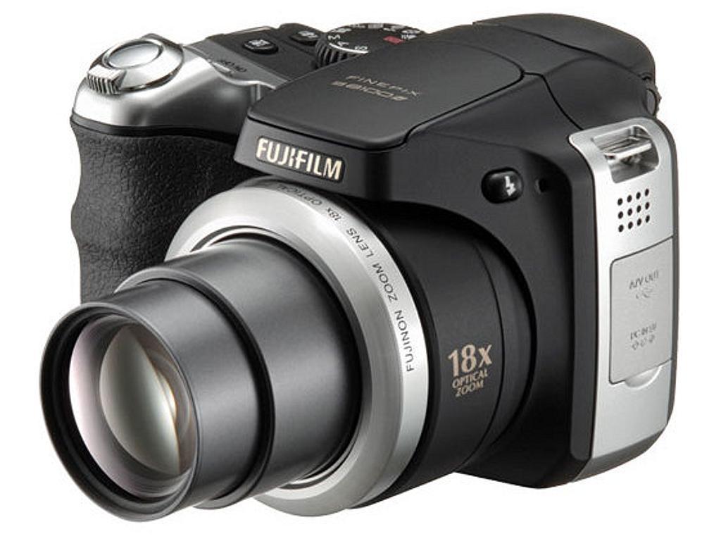 Fujifilm FinePix S8100fd Camera