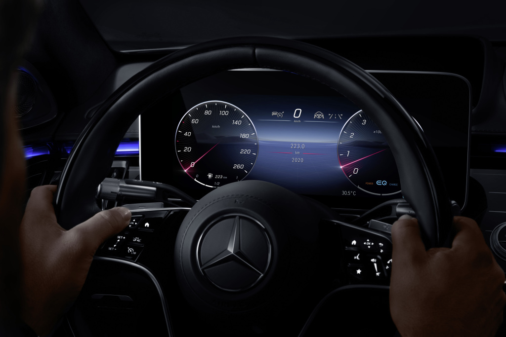 2021 Mercedes-Benz S-Class interior is meant to delight the senses