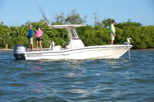 Best Hybrid Bay Boats for Inshore and Offshore Fishing