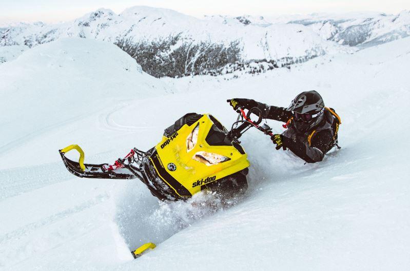 First Impressions: Ski-Doo Summit 850 E-TEC Turbo