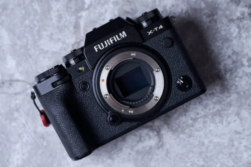 Fujifilm Is Now More Valuable Than Canon, Right Before Holiday Season
