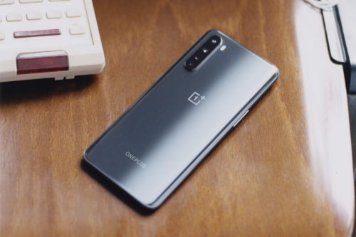 OnePlus Nord: Is the high-end Smartphone worth its mid-range price?