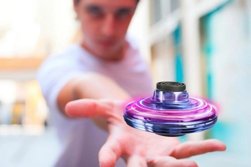 FlyNova Turns The Fidget Spinner Into A Propeller-Powered Toy For Executing Aerial Tricks