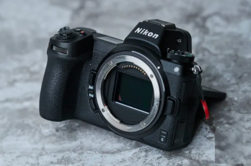 The Best Mirrorless Cameras You Can Buy For Around $2,000