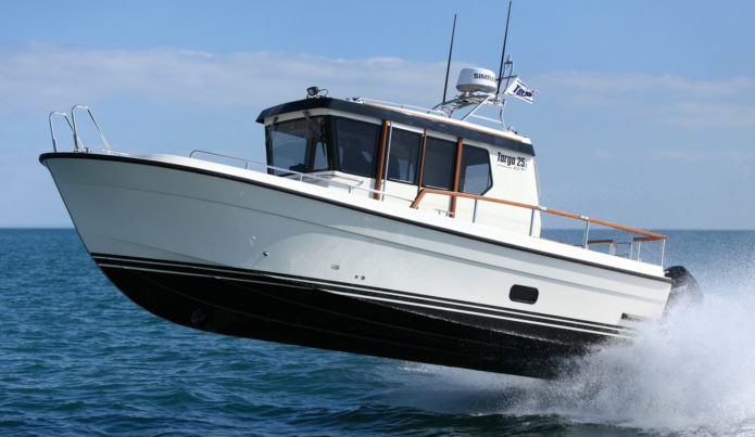 Botnia Targa 25.1 GT review: Outboard powered boat is built like a missile bunker