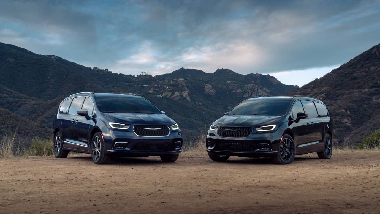 2021 Chrysler Pacifica lineup includes hybrid and all-wheel-drive models