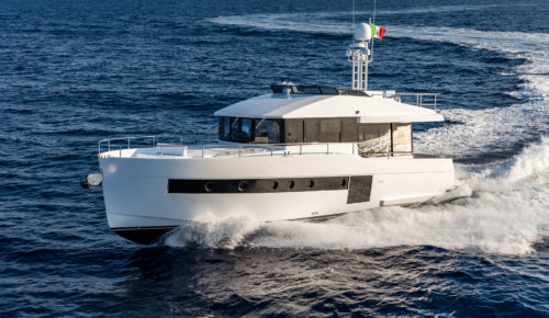 Sundeck 550 yacht test: Bespoke Italian trawler looks set to turn heads across Europe