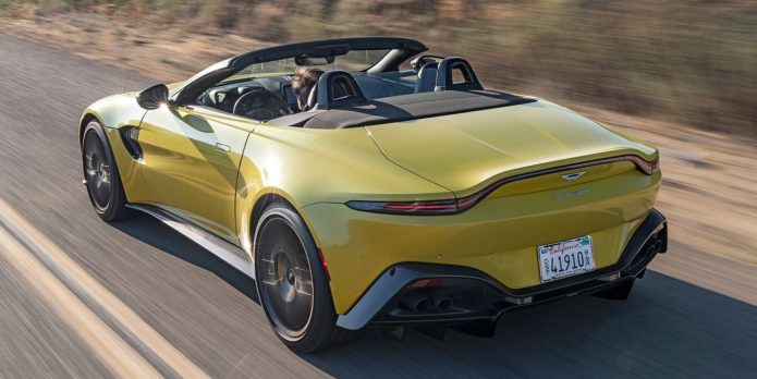 2021 Aston Martin Vantage Roadster Cannot Be Ignored