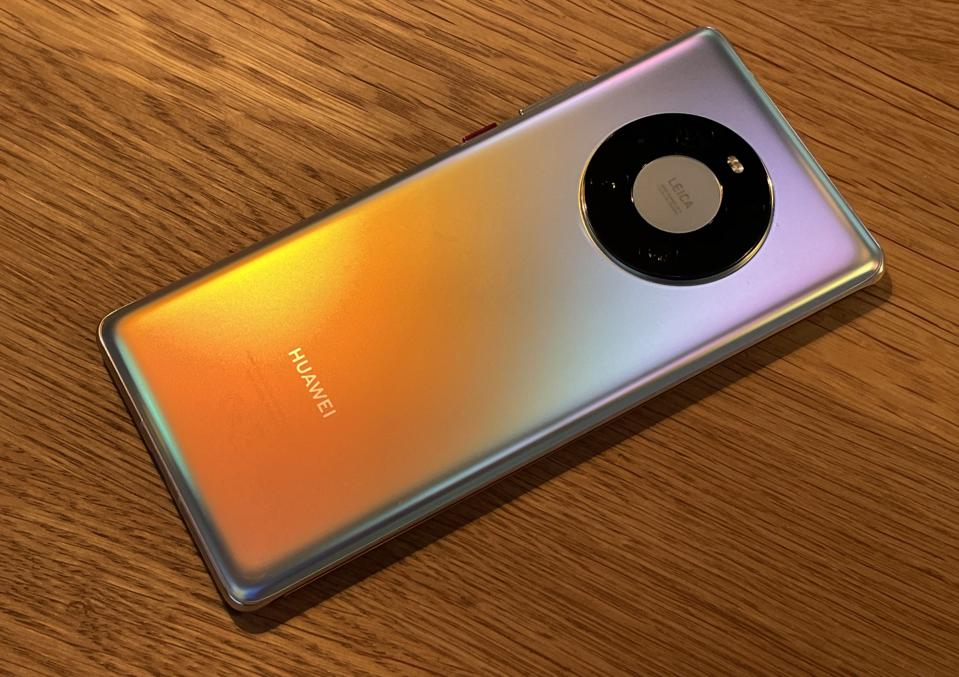 Huawei Mate 40 vs P40 vs iPhone 12 Pro Camera Comparison Review