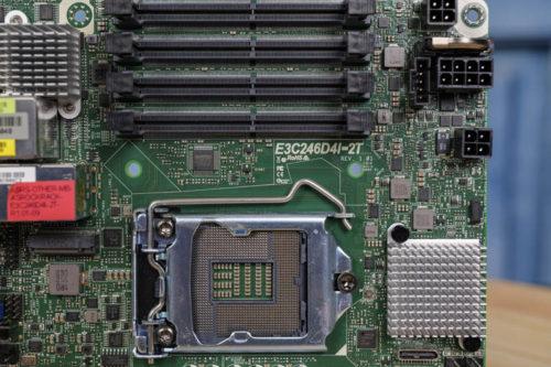 ASRock Rack E3C246D4I-2T mITX Xeon E-2200 Review