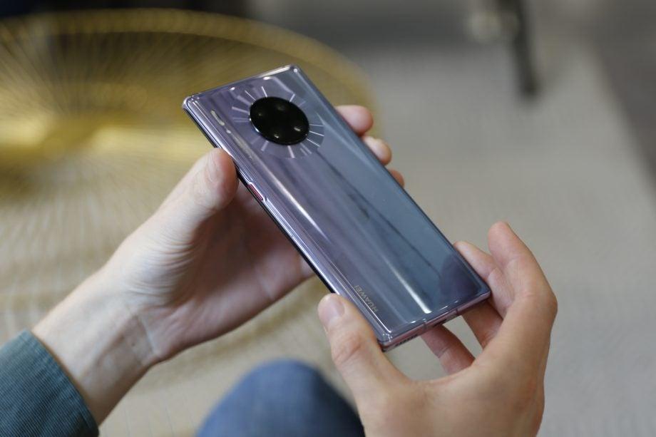 HarmonyOS 2.0 could debut on Huawei Mate 40