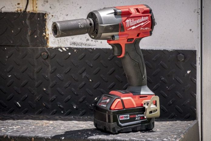 Milwaukee M18 Fuel Mid-Torque Impact Wrench Review