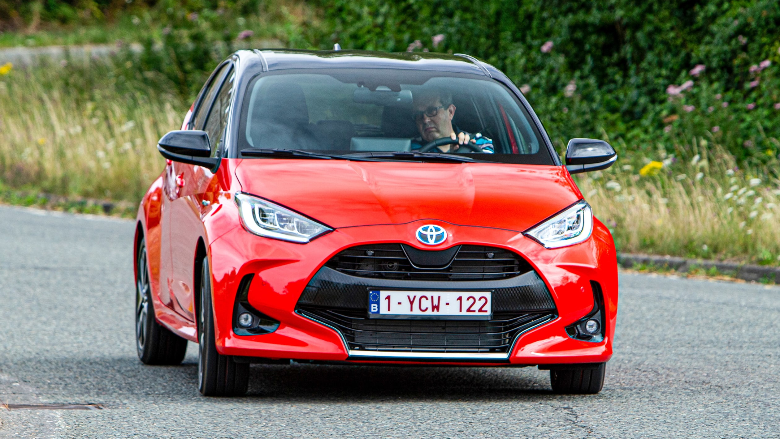 2021 TOYOTA YARIS HYBRID REVIEW