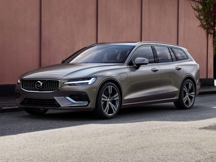2021 Volvo V60 Review