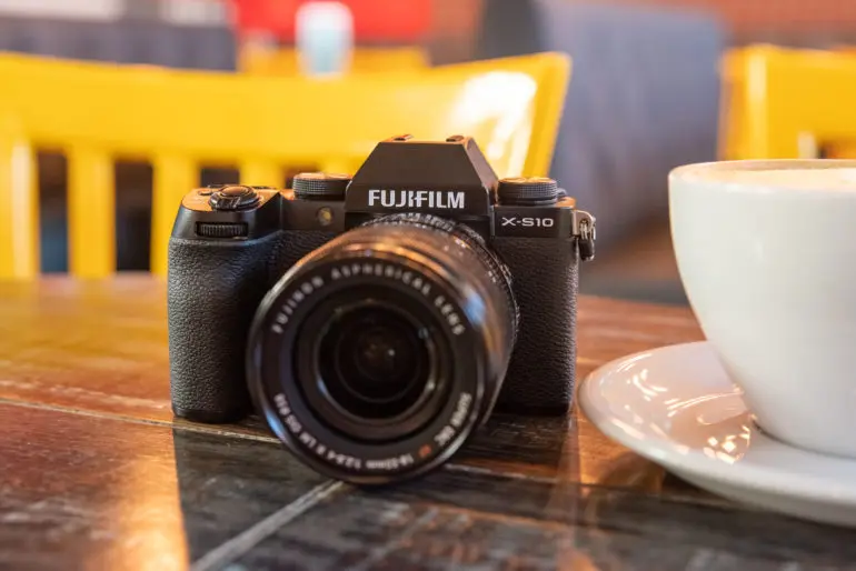 Meet Fujifilm's New Midrange Camera: Fujifilm XS10 First Impressions