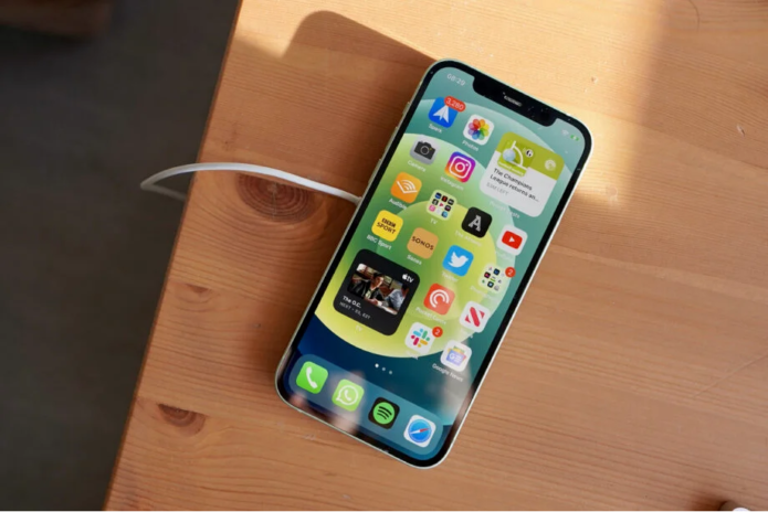 Does the iPhone 12 Ceramic Shield display live up to the hype?