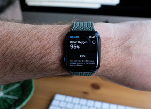 How to use the blood oxygen monitor on Apple Watch 6