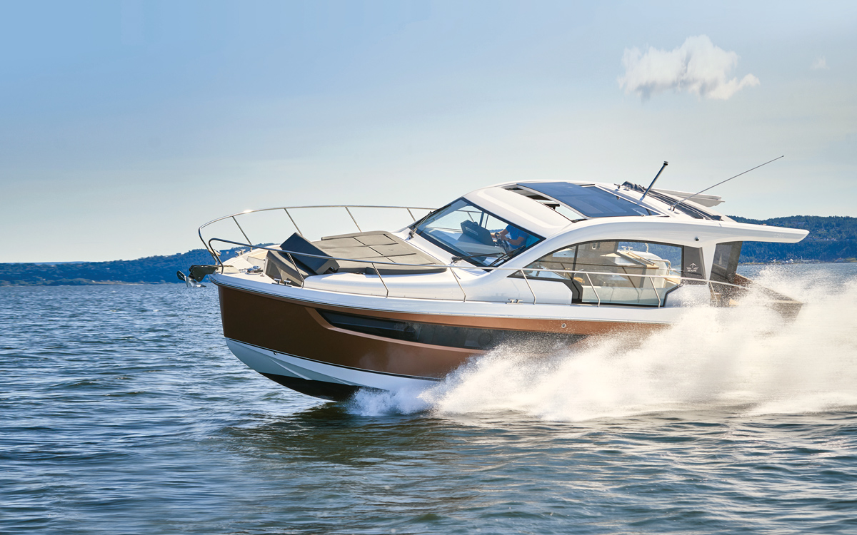 Sealine C390 review: The sportscruiser you really can enjoy all year round