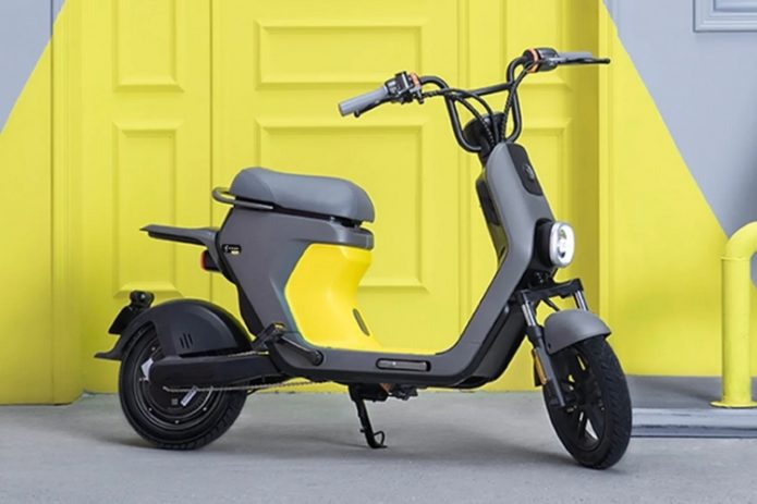 Segway eMoped C80 Dresses A Smart E-Bike As A Moped