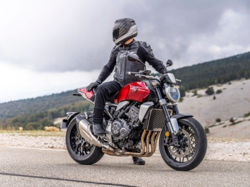 2021 HONDA CB1000R FIRST LOOK (5 FAST FACTS, SPECS + 30 PHOTOS)