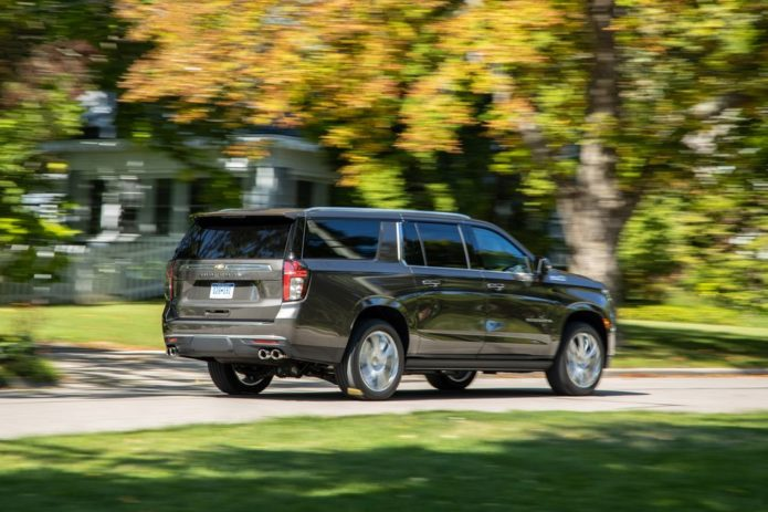 Tested: 2021 Chevrolet Suburban 6.2L Is a Familiar Brute