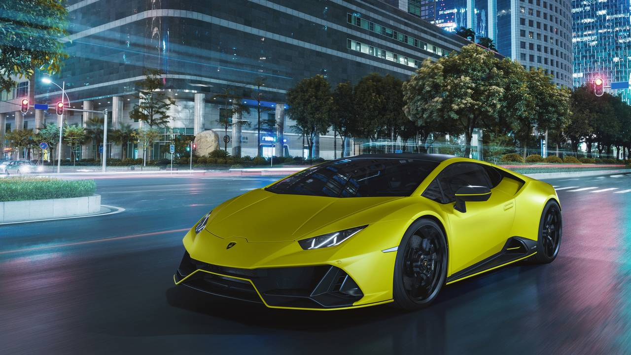 Lamborghini unveils Huracan EVO Fluo Capsule collection