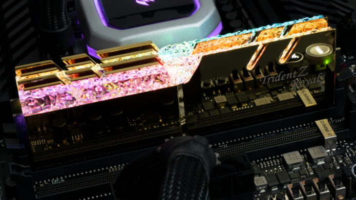 G.Skill Trident Z Royal DDR4-4000 C17 2x16GB Review