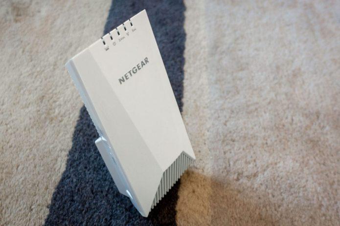 Netgear Nighthawk X4S Tri-Band Wi-Fi Range Extender Review