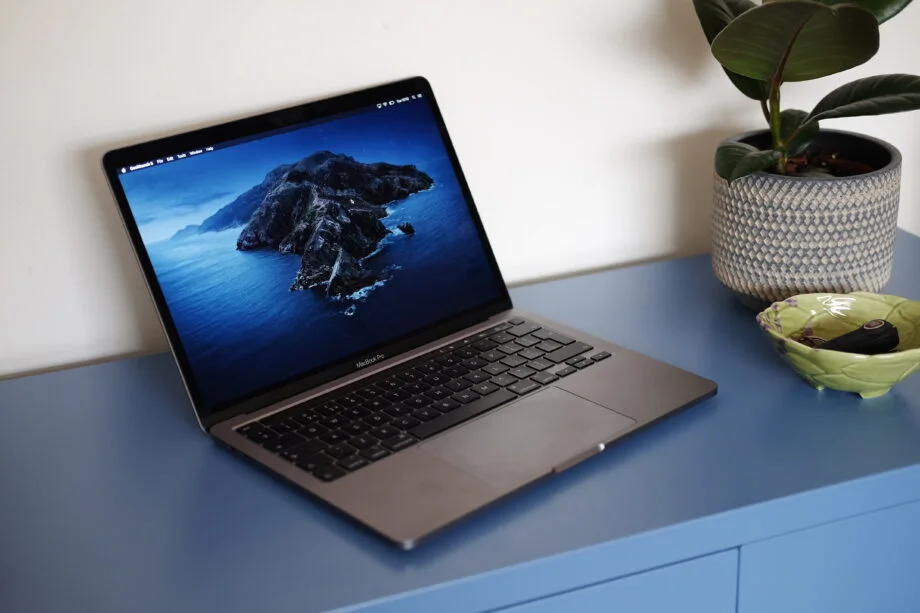 Apple rules out touchscreen MacBook, despite M1 and Big Sur hints