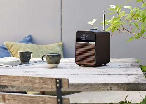 Ruark unveil stylish looking R1 Mk4 desktop radio