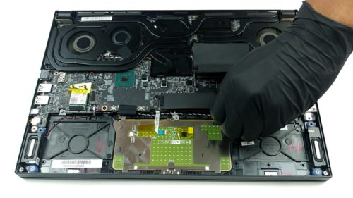 Inside MSI GS66 Stealth – disassembly and upgrade options