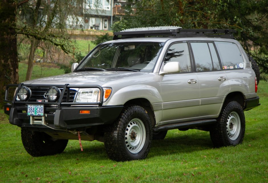 My 5 Favorite Things About my 1999 Toyota Land Cruiser