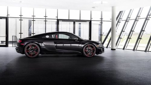 2021 Audi R8 RWD Panther Edition has red wheels and a stealthy vibe
