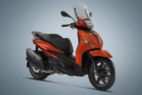 2021 Piaggio Beverly Scooter Lineup First Look (10 Fast Facts)