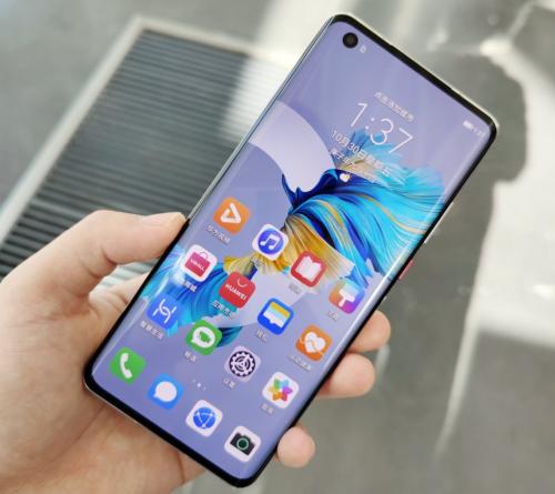 Huawei Nova 8 Real Phone Hands-on Video: Kirin 985 Chip