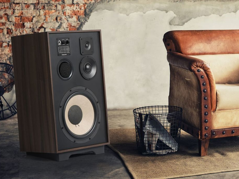 Elipson unveils Heritage XLS15: retro-fabulous looking loudspeakers