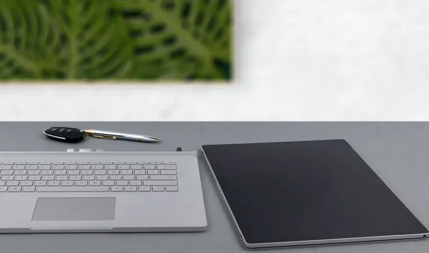 Top 5 reasons to BUY or NOT to buy the Microsoft Surface Book 3 (15)