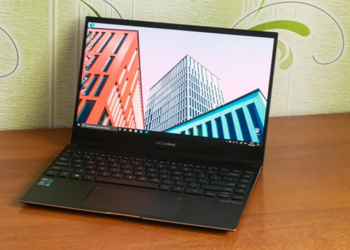 ASUS ZenBook Flip S (UX371EA) review – Top-Of-The-Line Transformer