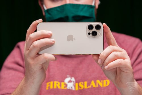 iPhone 12 ProRAW photos have arrived — here's what you can do with them