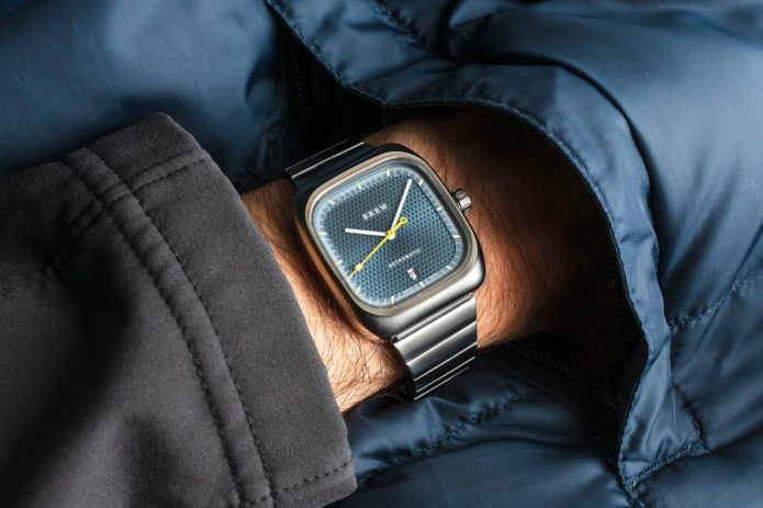 Fans of Sixties Design Will Flip for This Affordable Automatic Watch