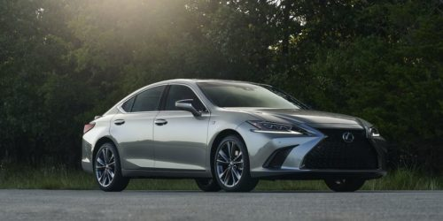 A Brief Ode to the All-Wheel-Drive Lexus ES 250