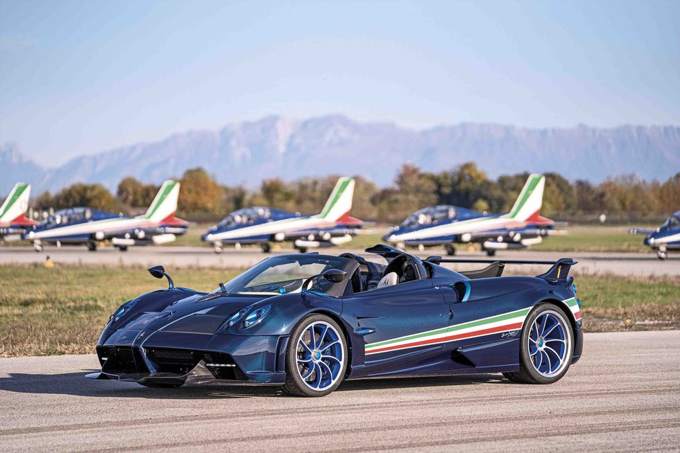 $6.7 Million Pagani Huayra Tricolore Honors Italian Air Force Aerobatics