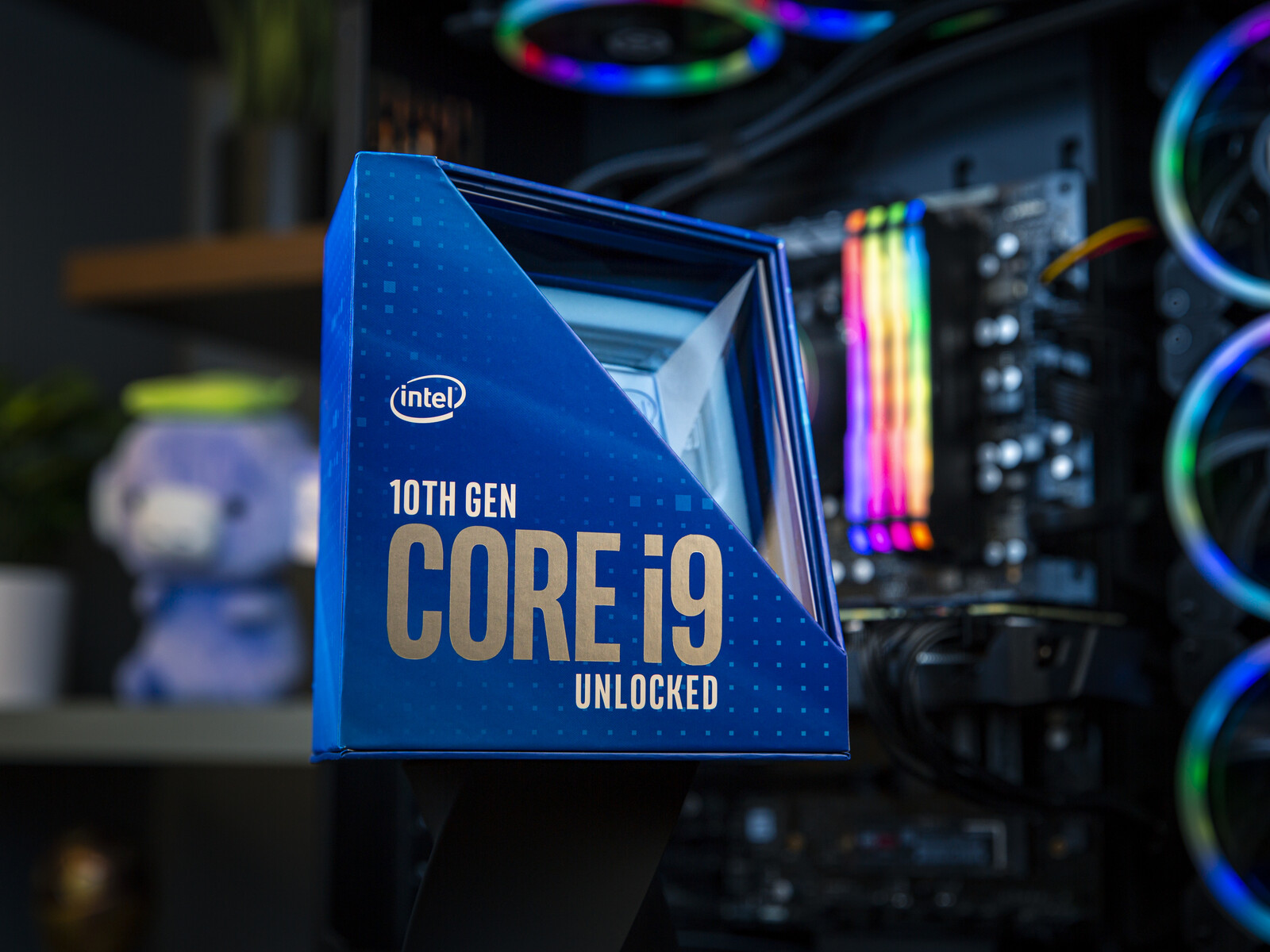 Intel Rocket Lake-S SKUs and specifications leak: Core i9-11900K to offer 8C/16T, 5.3 GHz single-core and 4.8 GHz all-core boosts with 16 MB L3 cache