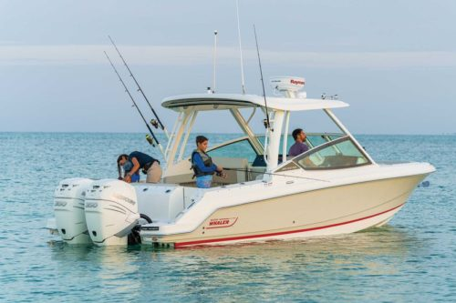 Boston Whaler 280 Vantage: 2021 Boat Buyers Guide