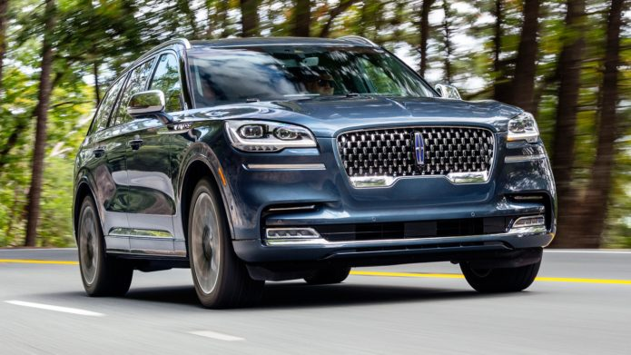 5 Ways the Lincoln Aviator Grand Touring Black Label Is Better Than Air Travel