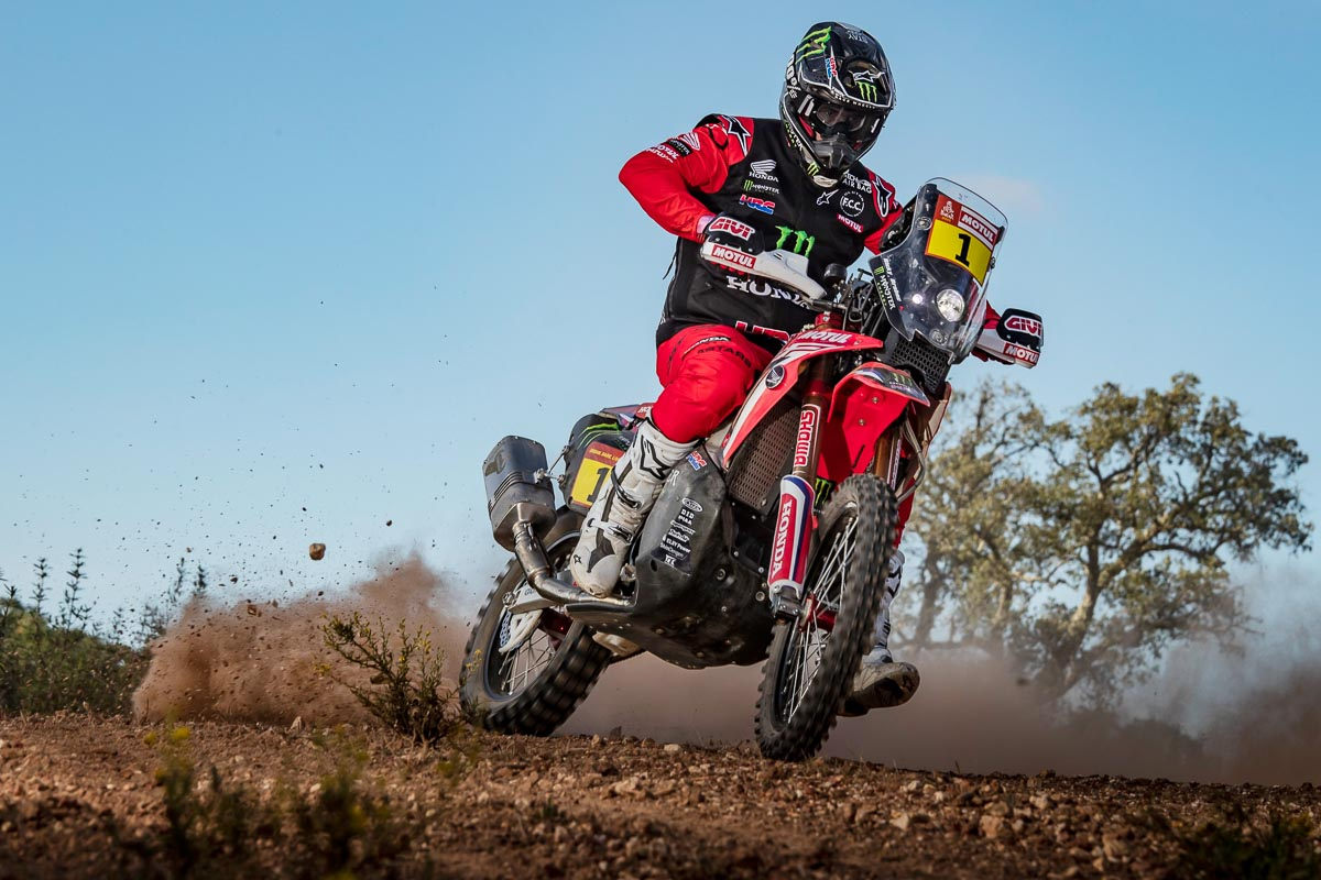 2021 Honda CRF450 Rally First Look (9 Fast Facts + Specs and Photos)