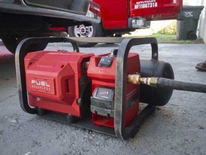 Milwaukee M18 Fuel Cordless Air Compressor