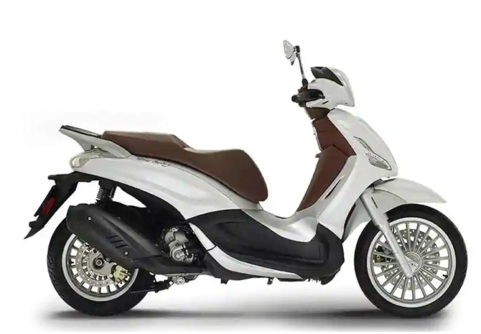 Piaggio Releases New Beverly 300 and 400 Scooter