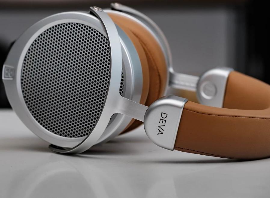 HIFIMAN DEVA Review : A Bluetooth Planar?
