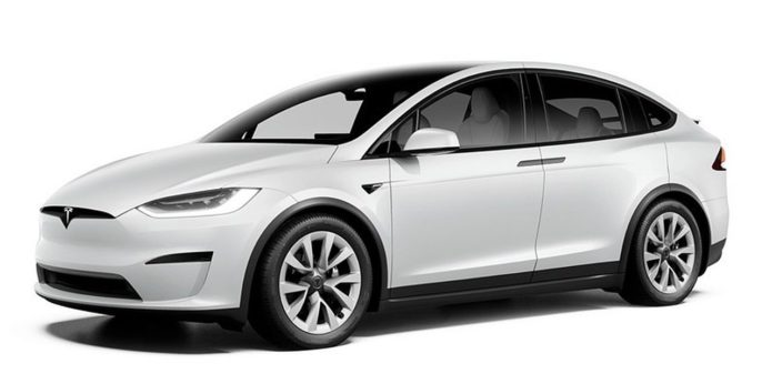 2021 Tesla Model X Plaid: Three motors, a thousand horsepower, and a yoke